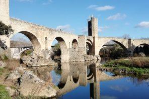 Besalú, piccolo paesino medioevale vicino Barcellona